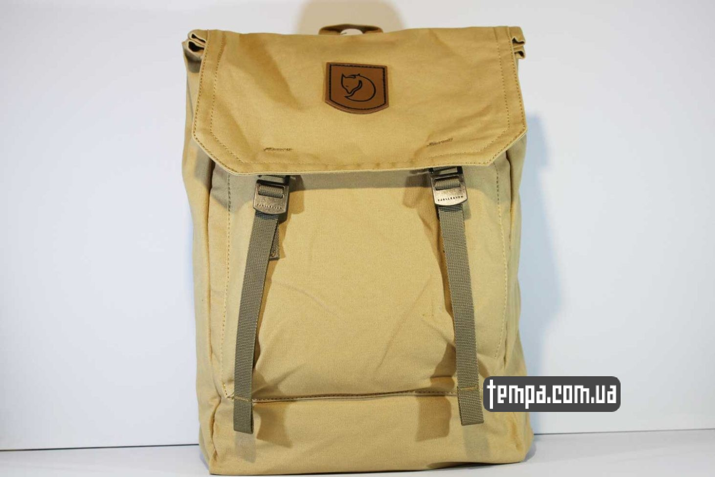 рюкзак сумка Fjallraven Foldsack No.1 Backpack бежевый