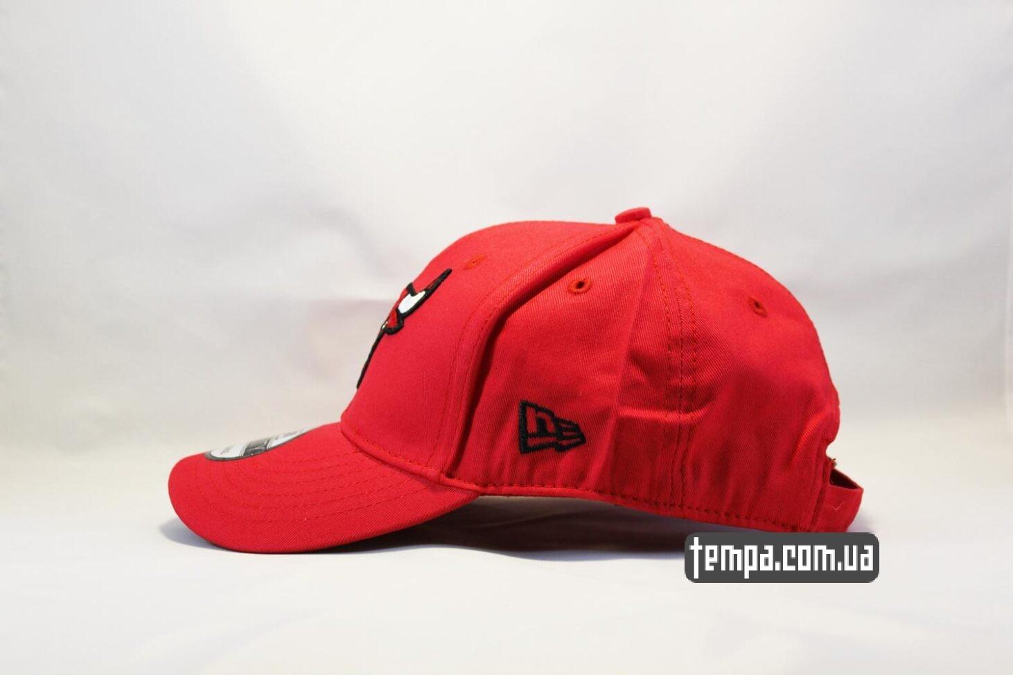 снепбек баскетбольный кепка бейсболка Chicago Bulls New Era 9TWENTY красная с быком