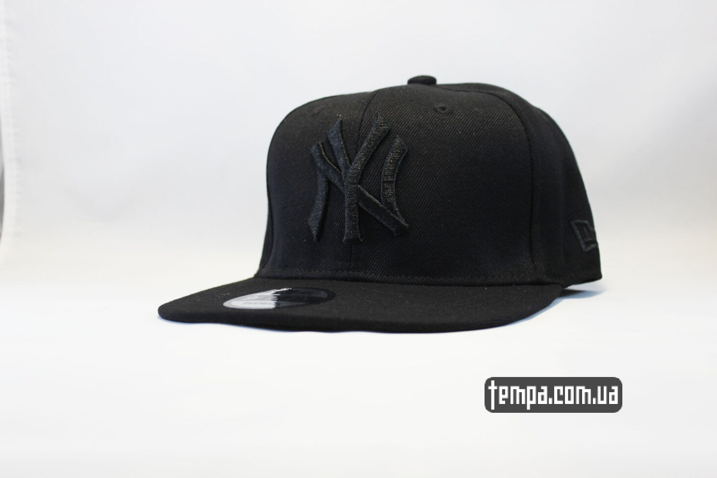 кепка Snapback New Era NYC New York черная на черном black
