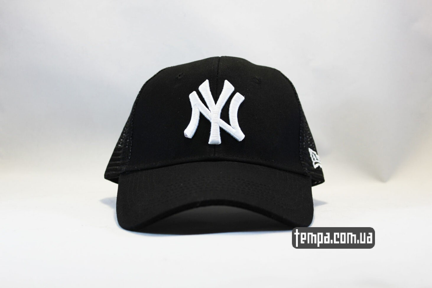 кепка бейсболка Trucker NY New York Yankees черная сеточка